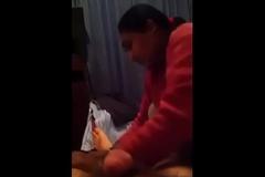 flashing lund to desi gal while giving massage