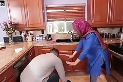 Hot Arab Hijabi Muslim Gets Fucked by man Gonzo video Hot