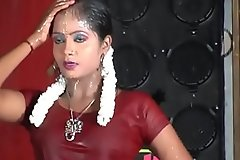 Tamil sexy dance- antha nilava than