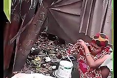 Bhabhi Dressing after Sanitary