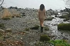 Desi bhabhi outdoor beach public blowjob and doggystyle pussy fucking POV Indian