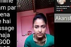 Indian crammer girl making Selfie video be useful to her boyfriend