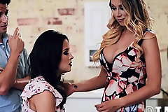 Aunt Katie Morgan And Nephew Prearrange Gullible Teen Girl Kylie Rocket Into Losing Her Chastity