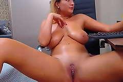 Big Tits Camgirl Milf Teasing