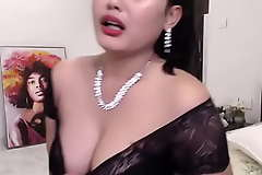 Indian Hot livecam latitudinarian enjoying her show (english)