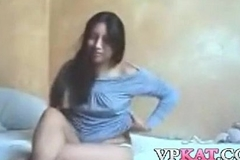 The camera is stationary, but dramatize expunge Indian unshaded is not, as she'_s riding