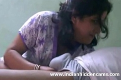 Indian Bhabhi Sucking Cock For Spunk fountain