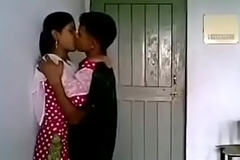 VID-20170724-PV0001-Thakurli (IM) Hindi 19 yrs old unmarried main boobs sucked unconnected with her neighbour lover dealings porn video