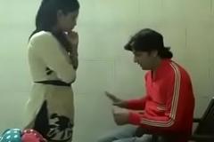 Naukarani ko condom ka note bataya