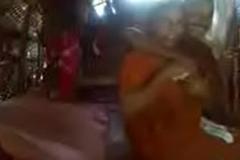 Kerala aunty in saree fucking concerning neighbor