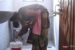 Hot surekha aunty romance with youthful college student