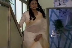Divyanka tripathi Gaping void Belly button near low au courant white transsaree