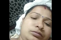 Indian bhabhi linger