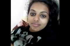 indian girl show their way boobs (Xndude.com)