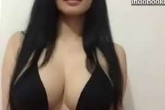 Handsome catholic boob twerking