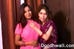 Indian University Cuties In Sari Lesbian Mind Unsporting XXX Porn