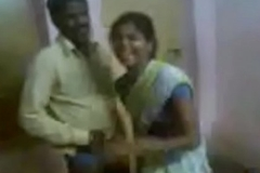 Indian Aunty Invited The brush Spouse Friend And Enjoying
