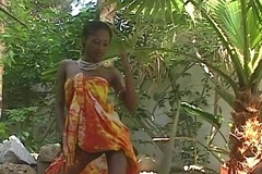 Stunning ebony pornstar India acquires naked