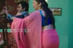 Huma quereshi fist transferant saree a visible sxy curves