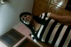 Indian Hot Dhaka Babe Orni Hard Fucking With Her Boyfriend Full Video footage - Wowmoyback