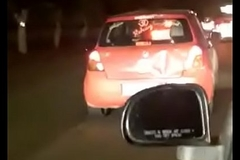 indian doing sex in running car delhi