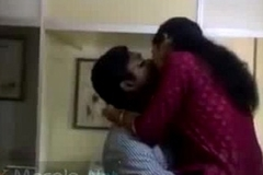 Horny mallu paramours caught having fun in office