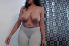 Milky boobed NRI main dancing naked after getting drunk