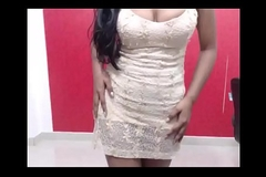 DEsi College girl doing hot dance to seduce will not hear of old egg friend on cam